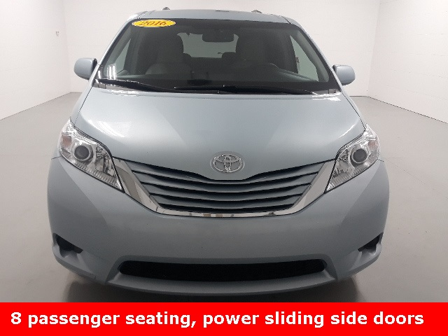 Pre-Owned 2016 Toyota Sienna LE